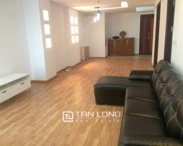 Reasonable 3 bedroom apartment for rent in G2 building Ciputra 1