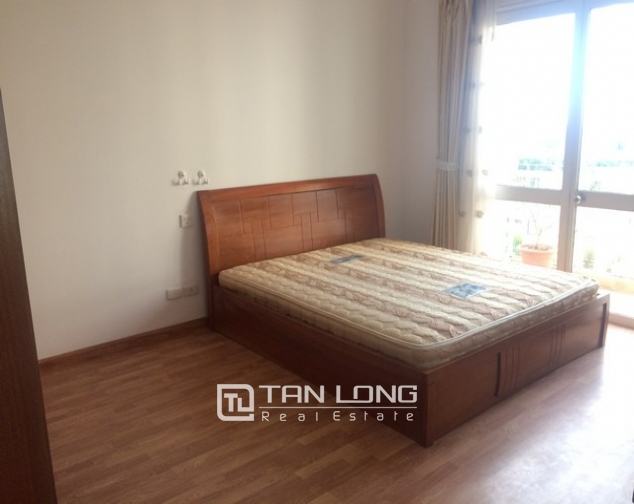 Reasonable 3 bedroom apartment for rent in G2 building Ciputra 4