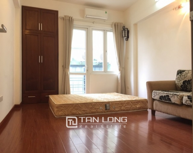 REASONABLE 6 bedroom house for rent in Dang Thai Mai street, Tay Ho district 3