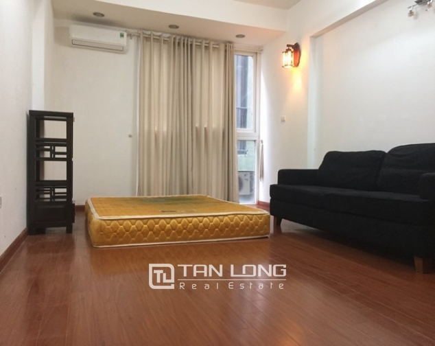 REASONABLE 6 bedroom house for rent in Dang Thai Mai street, Tay Ho district 5
