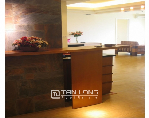 Reasonable and  nice 4 bedroom apartment with full furnished  for lease in E5 building, Ciputra, Ha Noi 6