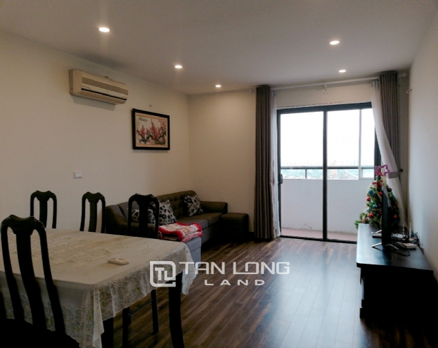 REASONABLE apartment for rent in Lac Hong Building, Tay Ho district! 1