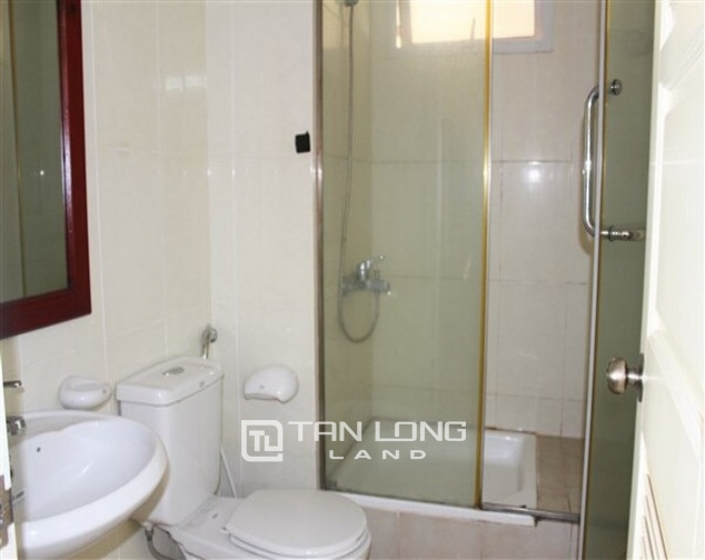 Reasonably furnished 3 bedroom apartment for rent in E4 tower Ciputra urban area 1