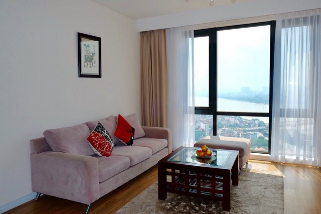 Red river and bridge view 3 bedroom apartment for rent in Mipec Riverside Long Bien district
