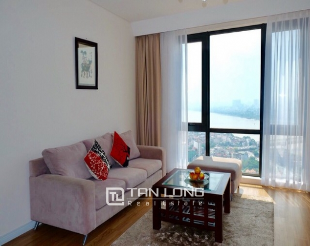 Red river and bridge view 3 bedroom apartment for rent in Mipec Riverside Long Bien district 3