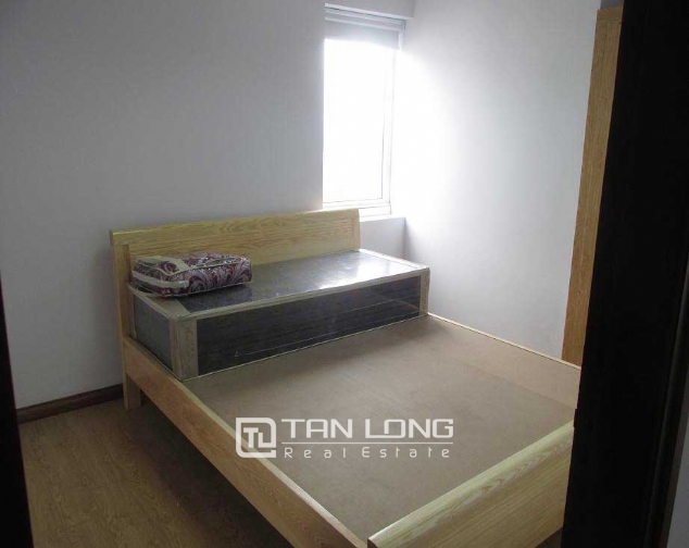 Renovated 2 bedroom serviced apartment to rent in Dai Co Viet, Hai Ba Trung 3
