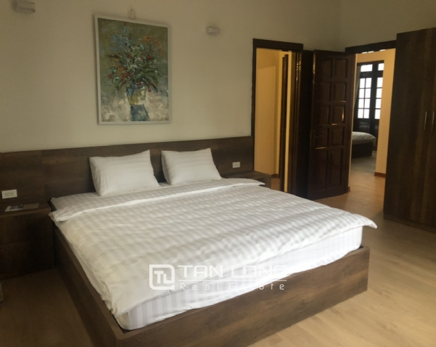 Renovated villa for rent on Xuan Dieu street, Tay Ho district 8