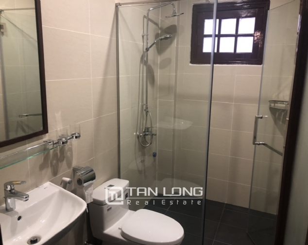 Renovated villa for rent on Xuan Dieu street, Tay Ho district 10