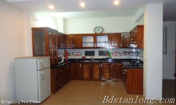 Rent house in Dang Thai Mai street, Tay Ho district. 5