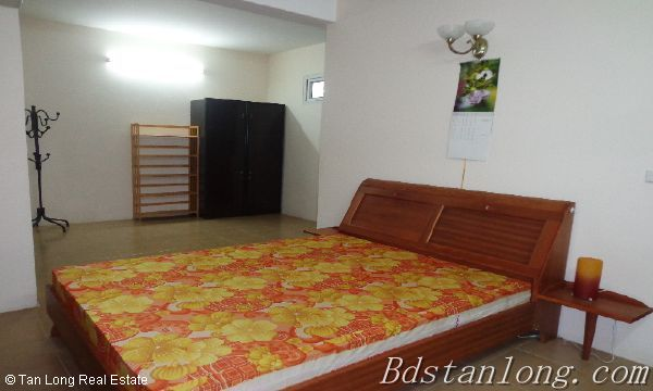 Rent house in Dang Thai Mai street, Tay Ho district. 8