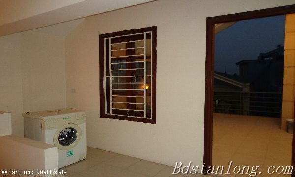 Rent house in Dang Thai Mai street, Tay Ho district. 6