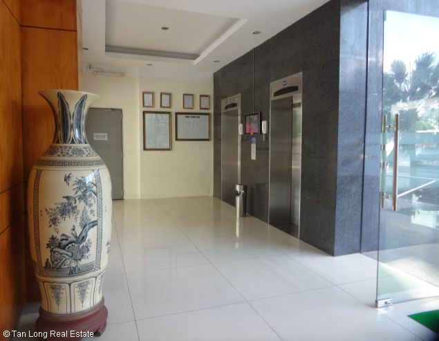 Rental 3 bedroom apartment in Veam Building, Tay Ho, Hanoi 5