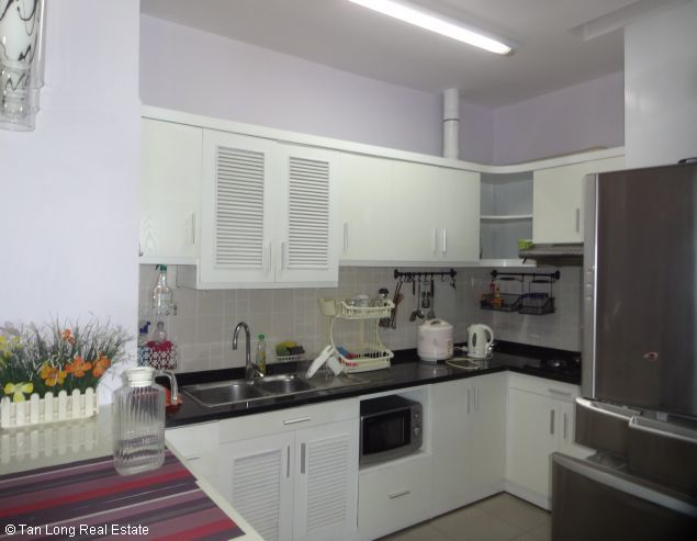 Rental 3 bedroom apartment in Veam Building, Tay Ho, Hanoi 2