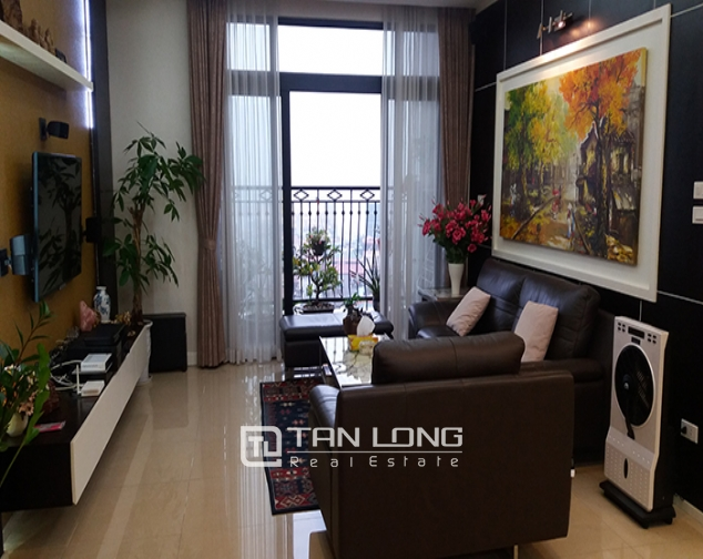 Rental apartment  nice 3 bedrooms middle floor R1 building in Royal City 2