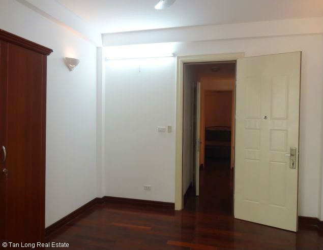 Rental house with 6 bedrooms in Dang Thai Mai street 4