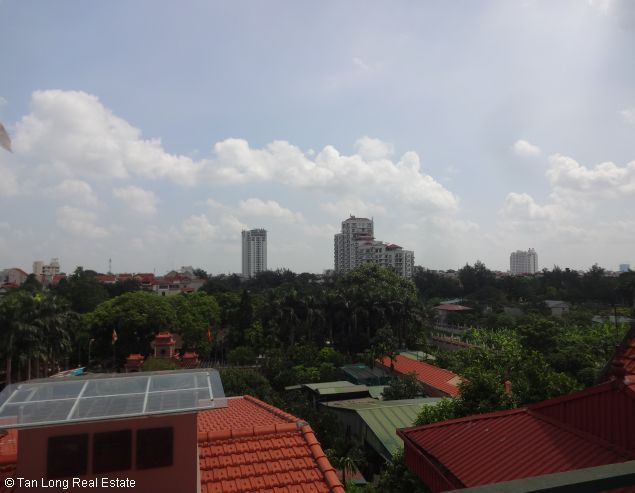 Rental house with 6 bedrooms in Dang Thai Mai street 2