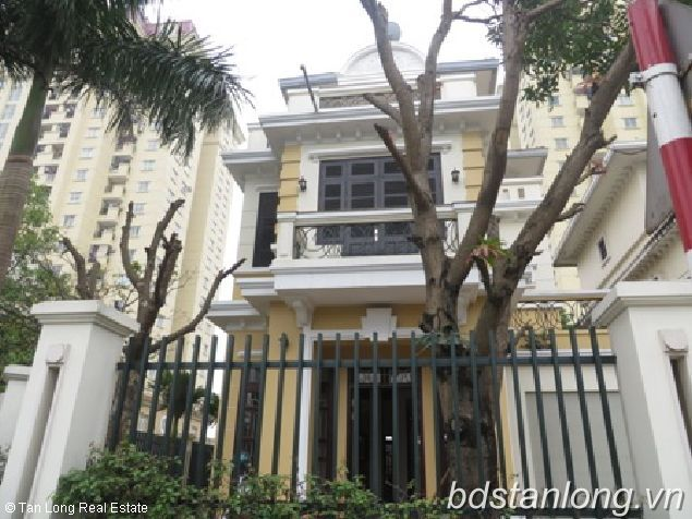 Rental villas as office in Xuan Dieu, Tay Ho district, Hanoi. 1