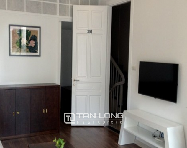 Renting 1 bedroom serviced apartment in Nguyen Chi Thanh, Dong Da district 4
