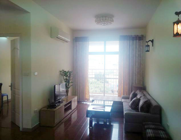 Renting 2 bedroom apartment in 713 Lac Long Quan, Tay Ho, Hanoi