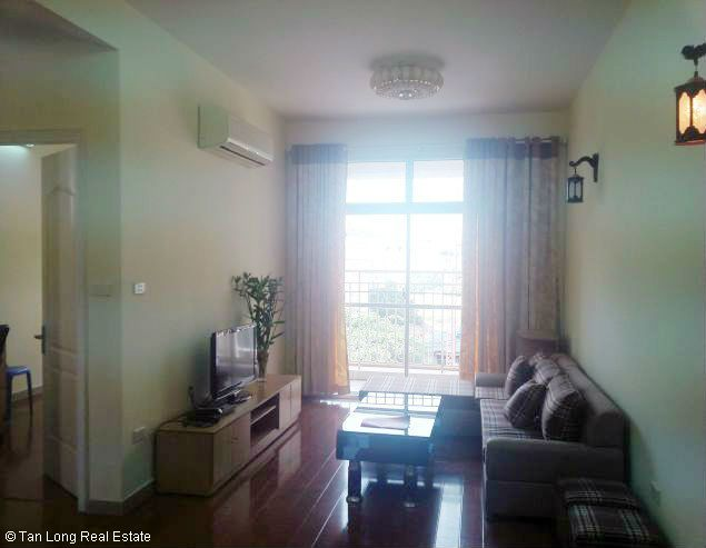 Renting 2 bedroom apartment in 713 Lac Long Quan, Tay Ho, Hanoi 1