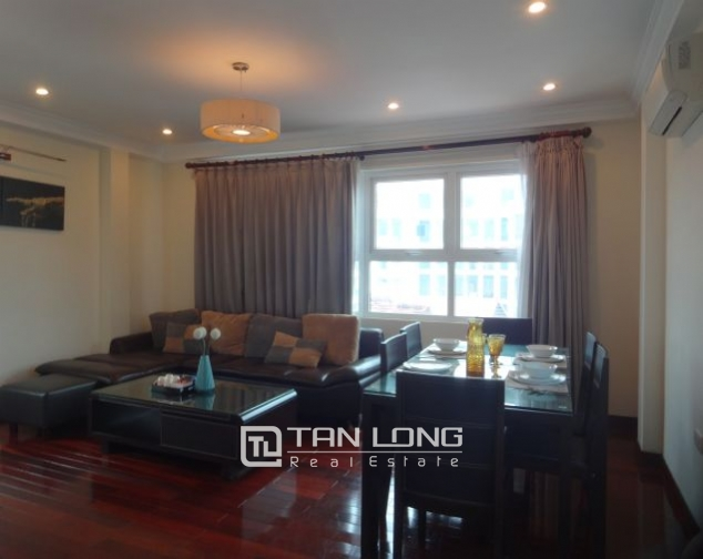 Renting 2 bedroom apartment with lake view in Truc Bach, Ba Dinh, Hanoi 1
