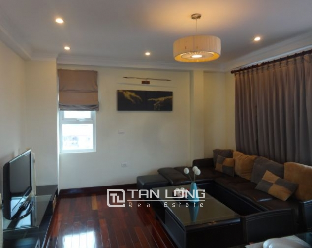 Renting 2 bedroom apartment with lake view in Truc Bach, Ba Dinh, Hanoi 2