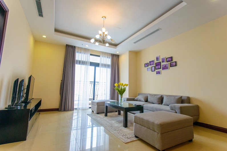 Renting 2 beds/ 2 baths apartment in R5 Royal City, Thanh Xuan, Hanoi