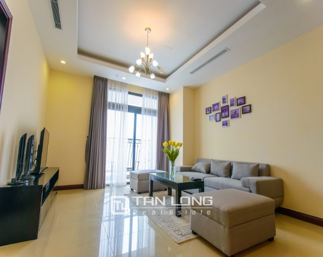 Renting 2 beds/ 2 baths apartment in R5 Royal City, Thanh Xuan, Hanoi 1