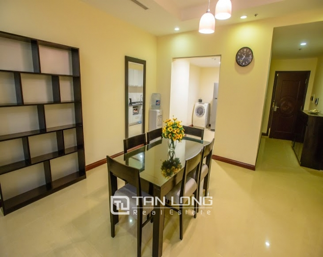Renting 2 beds/ 2 baths apartment in R5 Royal City, Thanh Xuan, Hanoi 5