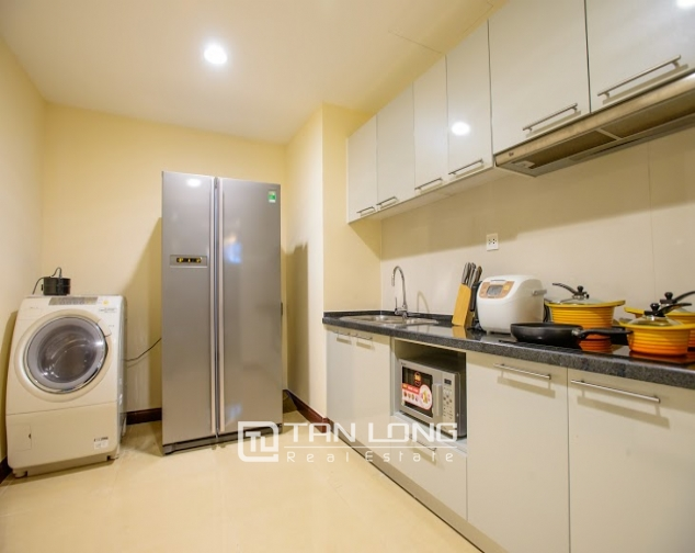 Renting 2 beds/ 2 baths apartment in R5 Royal City, Thanh Xuan, Hanoi 6