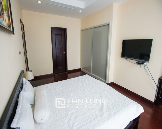 Renting 2 beds/ 2 baths apartment in R5 Royal City, Thanh Xuan, Hanoi 9