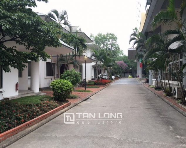 Renting 3 bedroom villa in Coco International Flower Village, Thuy Khue, Hanoi 1