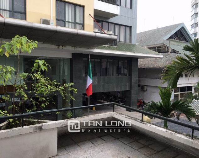 Renting 3 bedroom villa in Coco International Flower Village, Thuy Khue, Hanoi 4