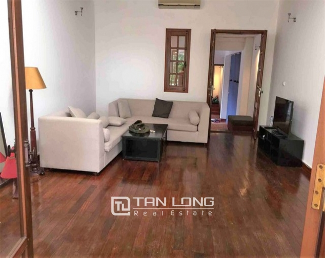 Renting 5 storey house with view of Hoan Kiem lake in Hang Khay, Hoan Kiem district 1