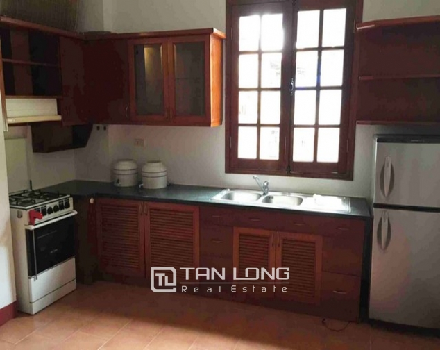 Renting 5 storey house with view of Hoan Kiem lake in Hang Khay, Hoan Kiem district 5