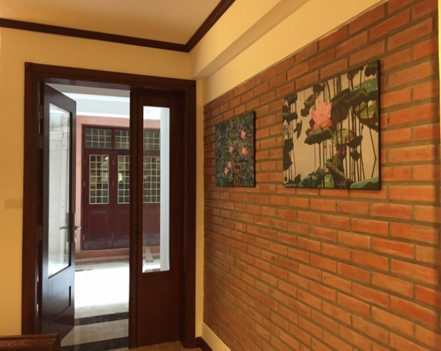 Renting 70m2 serviced apartment with 2 bedrooms in Ly Nam De street, Hoan Kiem dist 1