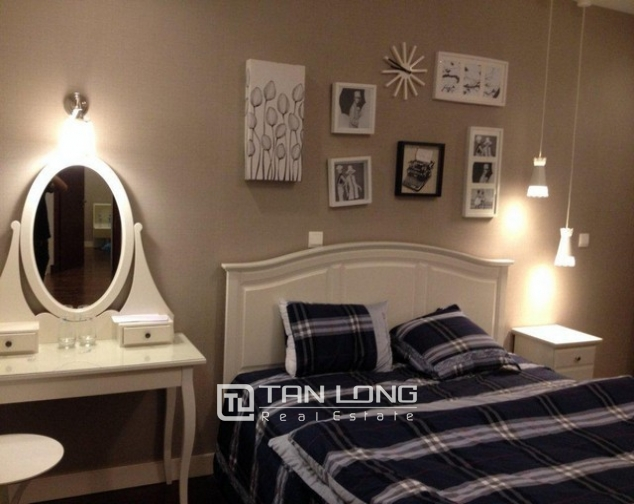 Renting fully furnished apartment in Lancaster Hanoi, 3 beds/ 2 baths 5