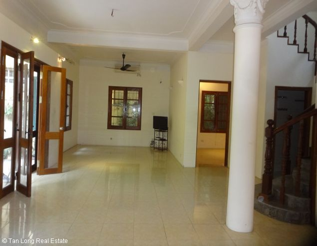 Renting garden villa with 4 bedroom in To Ngoc Van street, Hanoi, 350sqm 6