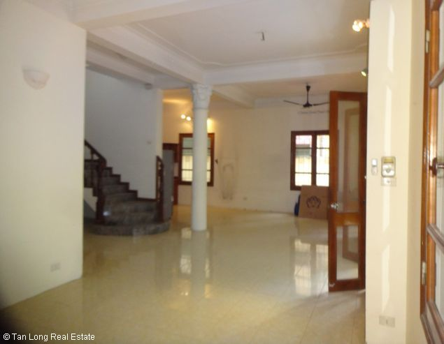 Renting garden villa with 4 bedroom in To Ngoc Van street, Hanoi, 350sqm 7