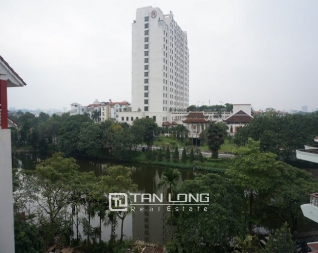 Road-front office for rent on level 3-4 in Au Co, Tay Ho, Hanoi 6