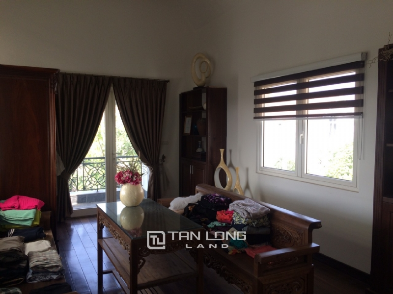 Romantic Villa For Rent In Hoa Phuong Area - Vinhomes Riverside Long Bien 2