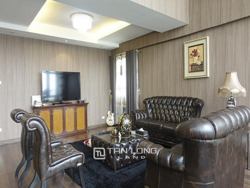 Royal and neo classical 4 bedroom Penthouse apartment for rent in P building Ciputra 1