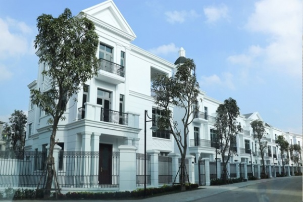 Sell fast villas 180m2, Vinhomes The Harmony, 3.5 floors (112m2 / floor) front of 9m, 16. X billion fee