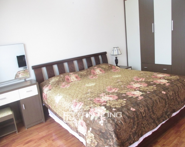 Selling 3 bedroom apartment in E5 Ciputra, full furniture 7