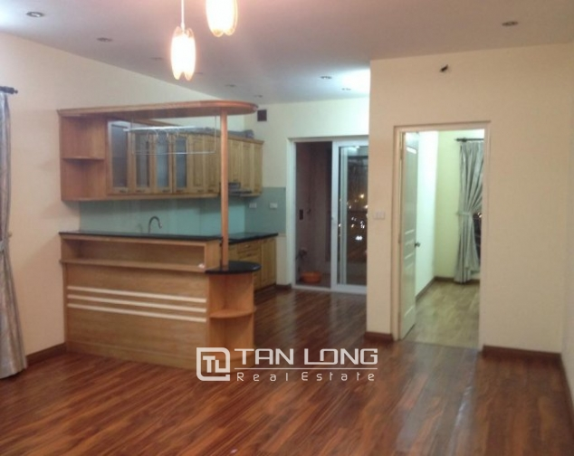 Selling 3 bedroom apartment in Vuon Dao Building, Lac Long Quan, Tay Ho 1