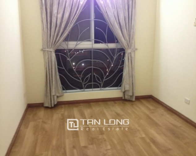 Selling 3 bedroom apartment in Vuon Dao Building, Lac Long Quan, Tay Ho 3