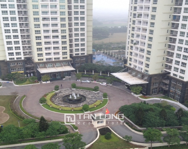 Selling 4 bedroom apartment in E1 Ciputra, Tay Ho district, Hanoi 2