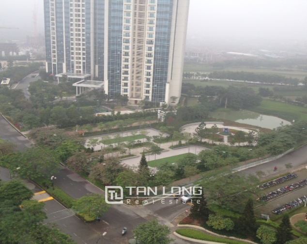 Selling 4 bedroom apartment in E1 Ciputra, Tay Ho district, Hanoi 3