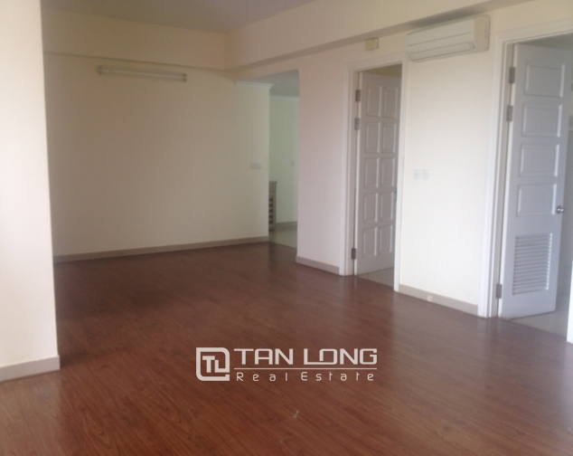 Selling 4 bedroom apartment in E4 Ciputra Hanoi, no furnishing 1