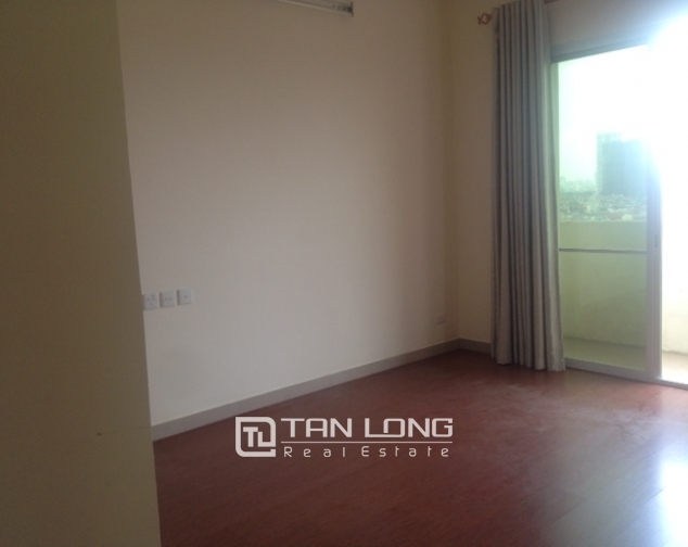 Selling 4 bedroom apartment in E4 Ciputra Hanoi, no furnishing 2